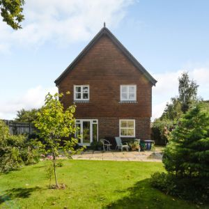 Brackenwood, The Common, Cranleigh, GU6
