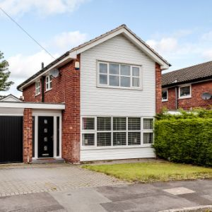 Kenilworth Drive, Stockport SK7