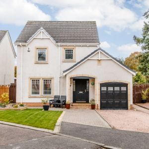 Bridge Water Avenue, Auchterarder, PH3