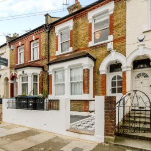 Livingstone Road, London, N13