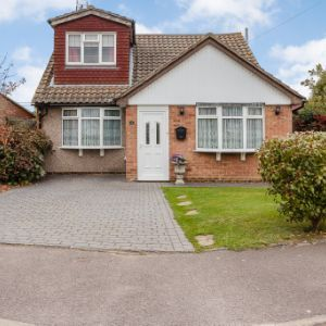 Hainault Avenue, , Rochford, Essex, SS4 1UH