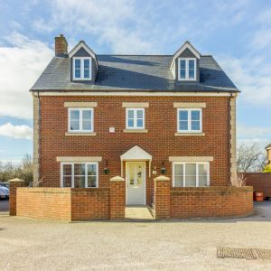 Callington Road, Swindon, SN25