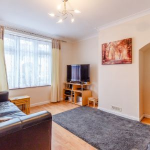Lillechurch Road, Dagenham, RM8