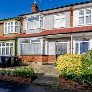 Sketty Road, , Enfield, EN1