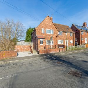 Lime Avenue, Chesterfield, S43