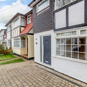 Southern Drive, Loughton, Essex, IG10