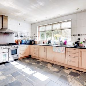London Road, Ewell, Epsom, KT17