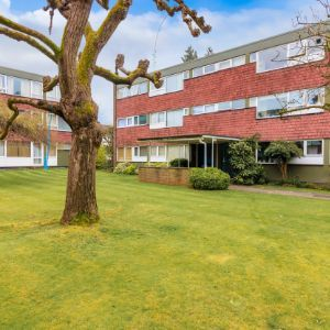 Eaton Court, Boxgrove Avenue, Guildford GU1
