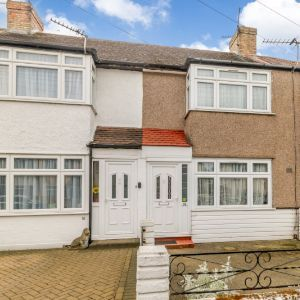 Ravensbourne Avenue, Staines-upon-Thames TW19