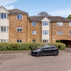 Sevenoaks Close, Sutton, SM2