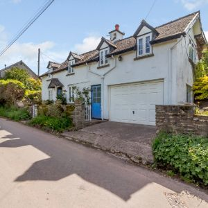 Fforddlas, Llanigon, Hay On Wye, Hereford HR3 5QF