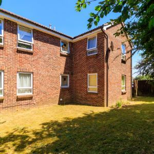 Wyre Court, Tilehurst, Reading RG31