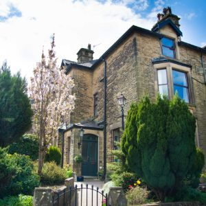Compton Guest House, Compton Road, Buxton, SK17