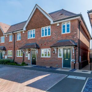 Marsh Close, Addlestone, KT15