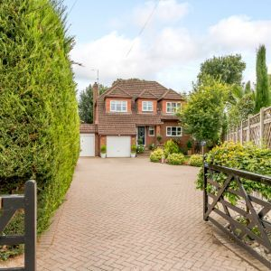 Brookside Avenue, Staines-upon-thames, TW19