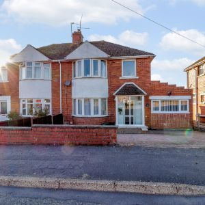 St. Lythans Road, Barry, CF62