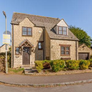 Idbury Close, Witney, Oxfordshire
