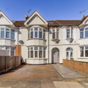 Swyncombe Avenue, London, W5 4DS