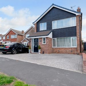 Brownlow Drive,  Nottingham, NG5