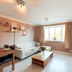 Flat, The Oasis,  124 Wildmore Road, Bromley BR1