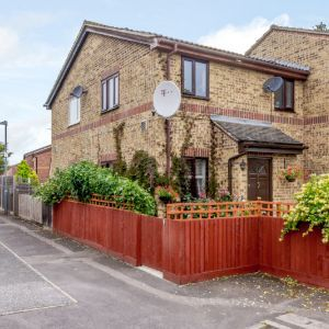 Griffith Close, Dagenham, RM8 1TW
