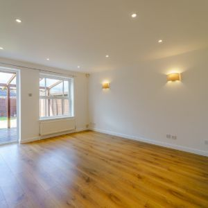 Dupre Close, Slough, SL1 5UA