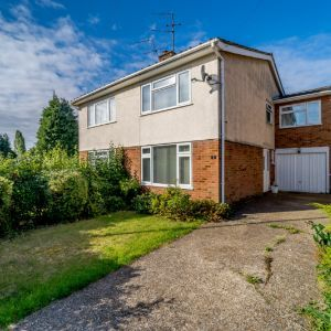 Pine Close, Maidenhead, SL6 5BN