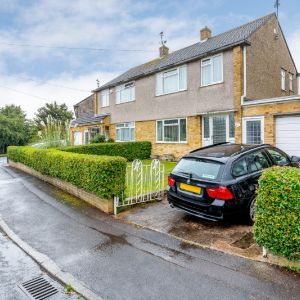 Henfield Crescent, Bristol, BS30 9SF