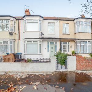 St. James Road, Mitcham, CR4 2DB