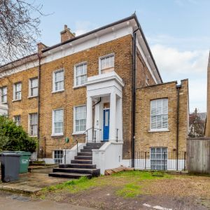 Tollington Road, London, N7 6PG