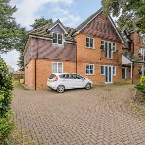 Harrow Lane, Maidenhead, SL6 7NY