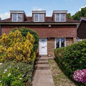 Heathfield Road, Etchingham, TN19 7LB