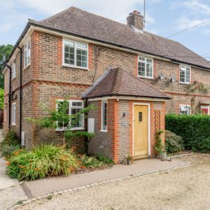 Bell Road, Horsham, RH12 3QJ