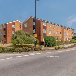 Maidenhead Road, Windsor, SL4 5ED