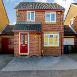 Dudley Close, Chafford Hundred, RM16 6NT