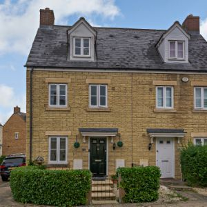 Barleyfield Way, Witney, OX28 1FW