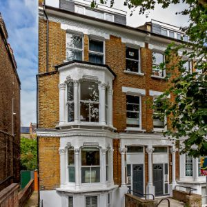 Cromwell Grove, London, W6 7RG