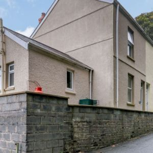 Elim Road, Carmarthen, SA31 1TX