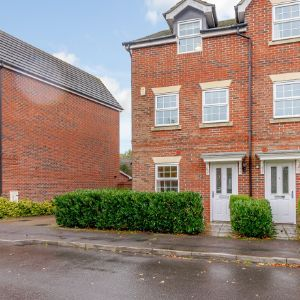 Benham Drive, Reading, RG7 1FB