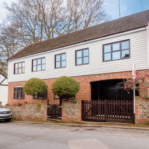 London Road, Farningham,  Dartford, DA4