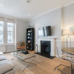 Flat, 145 Ladbroke Grove, London, W10