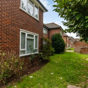 Beaulieu Close, , Twickenham, TW1