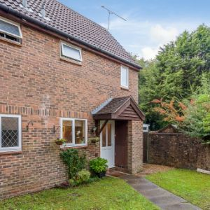 Chevening Close, Crawley, RH11