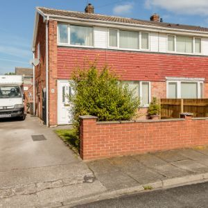 Chequerfield Close, Castleford, WF10
