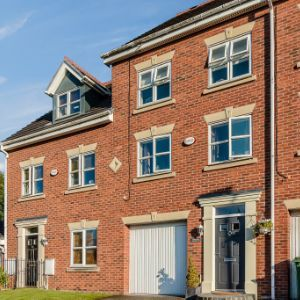 Chapelside Close, Warrington, WA5
