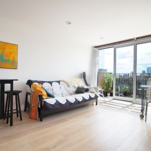 Flat, Reliance Wharf, 2 - 10 Hertford Road, London, N1