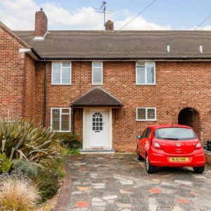 Long Drive, Ruislip, HA4