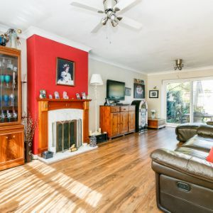 Carlton Road, Walton-on-thames, KT12