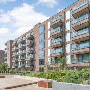 Flat, Connaught Heights Agnes George Walk, London, E16