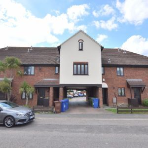 Park Mews, South Ockendon, RM15